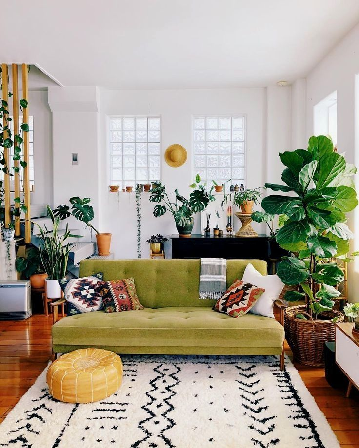 Best Ways To Redecorate With Green: These Small Living Room Decor Ideas Are The Perfect Way To