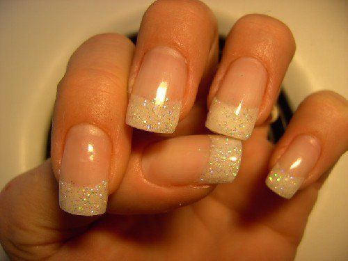 French manicure with white glitter http://www.planningwedding.net/