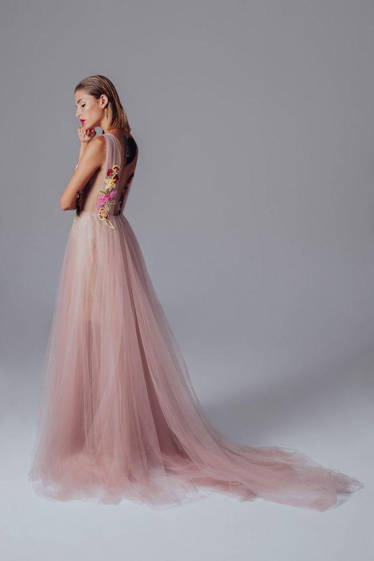 Atenas Gown
