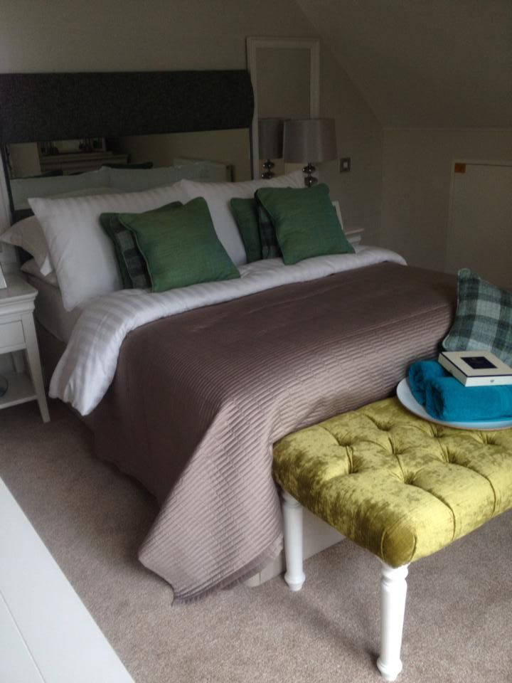 Some luxury seaside apartments cleaned by the lovely Magda and her team. The stylish nautical theme really compliments those sea views. #seaside #nautical