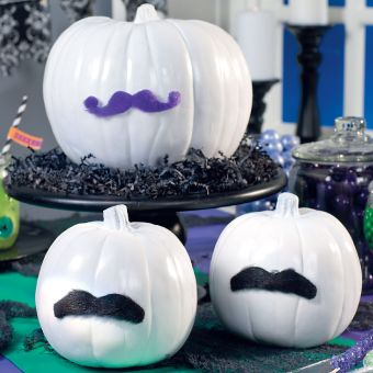 Mustache Pumpkin - 18 Fun Halloween Decorating Ideas I may have to do this, but would add eyes.