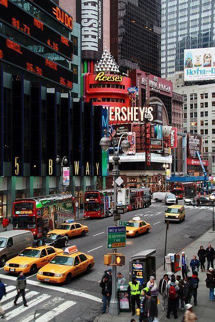 Times Square Destinos únicos en #jets #privados Dominionjet.com