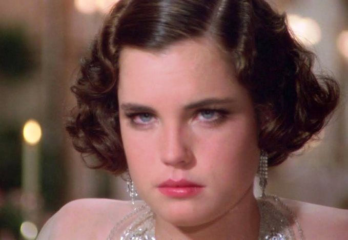 Elizabeth mcgovern once upon a time