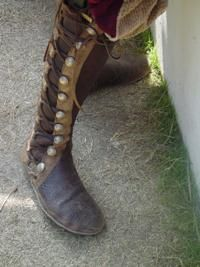 Renaissance Fair Clothing Men | Boots add authenticity to a Renaissance Faire costume.