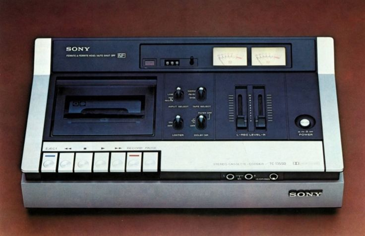 Sony TC-135SD cassette deck. Brochure photo. 1976.