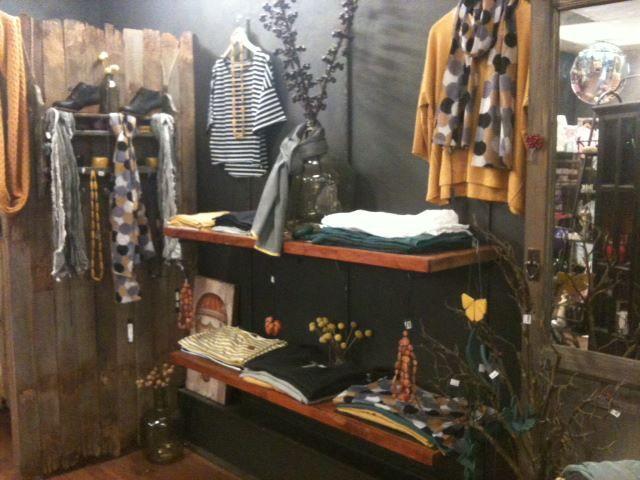 Elk Accessories Fashion Display