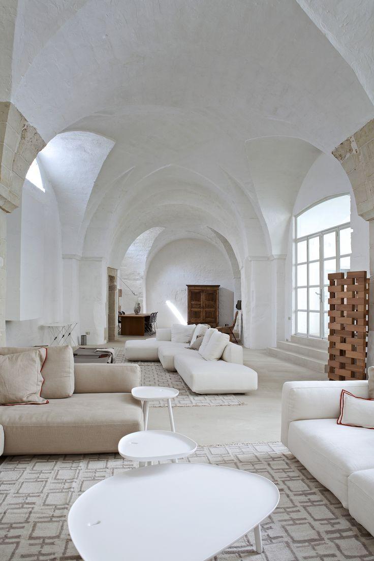 Best Déco BLANCHE Images On Pinterest Arquitetura Bedroom - Formation decorateur interieur avec fauteuil a oreille design