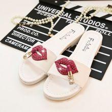 2016 beroemde designer vrouwen sandalen sexy lippen en lippenstift decoratie slippers fashion crystal slippers schoenen vrouw sandalen 370(China (Mainland))