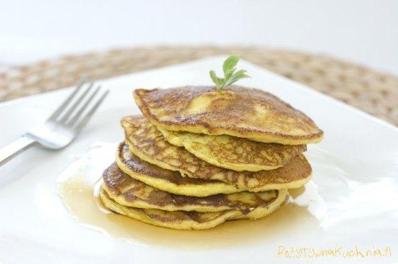 Racuchy z dyni, puszyste i delikatne, pyszne :).  http://pozytywnakuchnia.pl/racuchy-z-dyni/  #dynia #śniadanie #deser #przepis #kuchnia