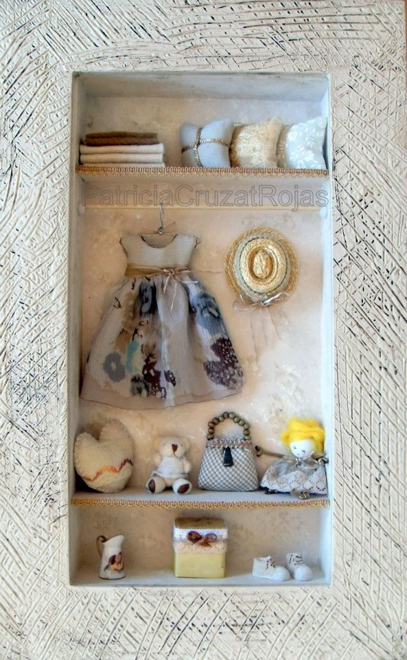 Cuadro Ropero con miniaturas