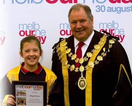 Melbourne Lord Mayor Robert Doyle and Abigail Dinan, from Stella Maris Primary School in Point Cook, who won our 2013 Junior Lord Mayor competition. Be the little big boss in 2014. Enter now!