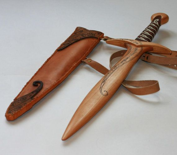 Toy wooden sword. Sting - Lord of the Rings hobbit sword ...