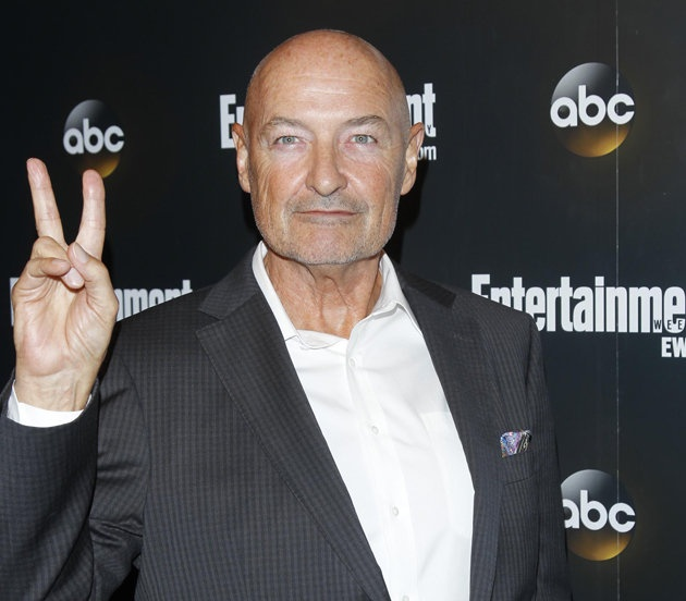 "Lost: ""Terry O'Quinn (John Locke). Episode count: 101. Having previously had minor parts in 'The X-Files', 'Star Trek: The Next Generation' and 'Alias', veteran Terry O'Quinn's casting in 'Lost' was ample reward for years of hard graft. He's not making the big time anytime soon though, with more low-key roles in TV guff like 'Falling Skies' and '666 Park Avenue' on his CV. Stick to what you know best Terry."""