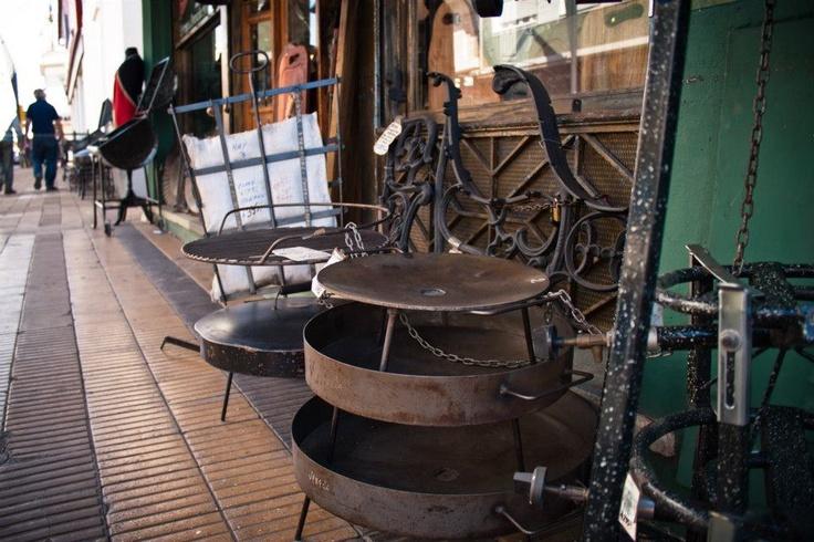"""yum, to cook on """"disco de arado"""".  www.la-fragua.com.ar"""