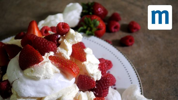 Three-minute microwave meringues