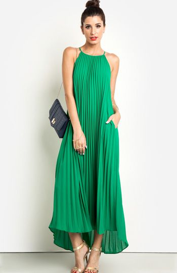 Love me some Maxi's - DailyLook: Palm Springs Paradise