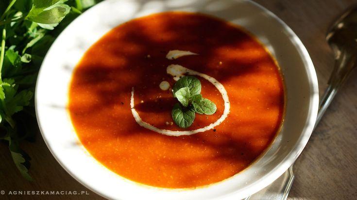 Zupa pomidorowa z mlekiem kokosowym http://agnieszkamaciag.pl/zupa-pomidorowa-mlekiem-kokosowym/
