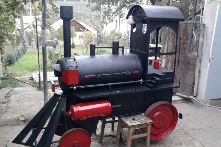 Un grătar în formă de locomotivă. Vezi cum a fost construit pe BricoHub.ro