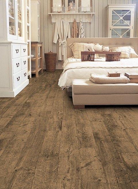 Master Bedroom - Floors