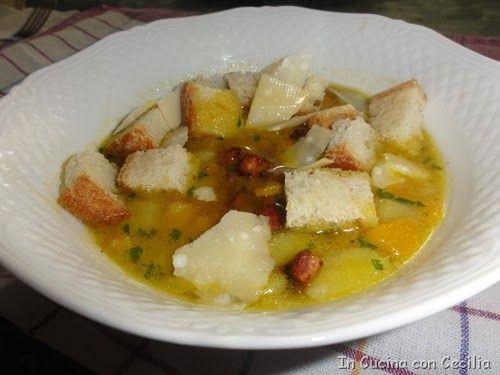 Zuppa di patate, zucca, scarola e porro