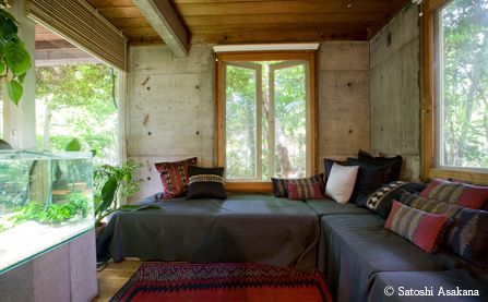 正しく古いものは永遠に新しい 阿部勤 邸 - 建築家の自邸を訪ねて | 家の時間 自分らしい住まいと暮らし見つけるウェブマガジン