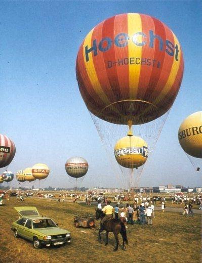 Gasballon mit Werbeaufschrift