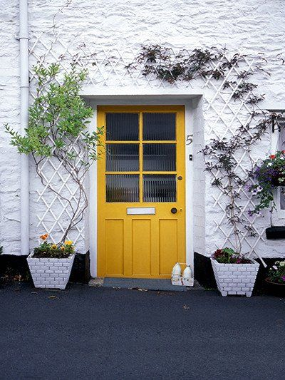 Kate Castle House Yellow Door Backdrop White Wall