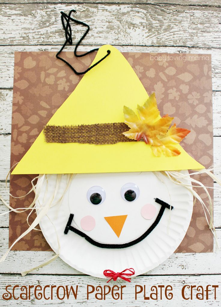 Learn how to make this Scarecrow Paper Plate Craft for Thanksgiving or fall! This kid craft is perfect for preschoolers and elementary school aged kids!