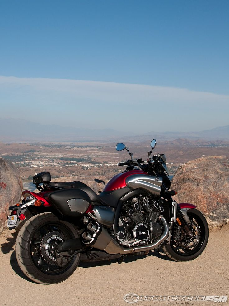 The 2010 Yamaha Star VMAX is a special order model, but Motorcycle USA finagled one for an afternoon ride. Climb on and join us for a 2010 Yamaha VMAX Quick Ride.
