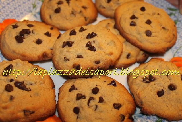 #Biscotti con gocce di cioccolato e burro di arachidi - #Cookies with #chocolate and peanut butter
