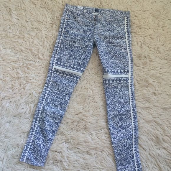 Mother Denim Awesome - Worn 2x - great fit - selling bc they don't for me anymore -body changes post baby!!! Mother Pants