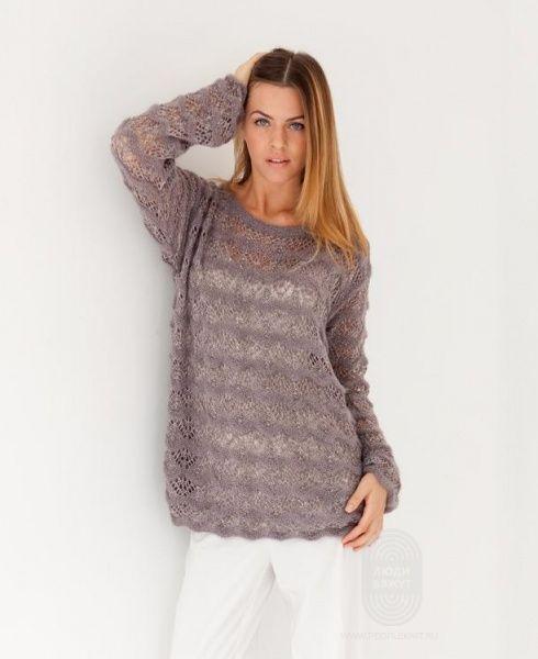 """Люди вяжут: Вяжем: Пуловер. """"Свободный пуловер, выполненный ажурным узором"""" с подробной инструкцией на сайте peopleknit.ru."""