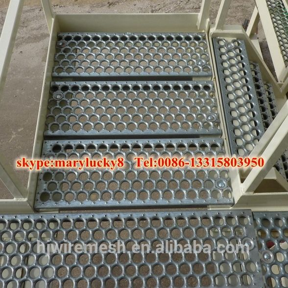 shur grip stair treads/grip strut walkway channel