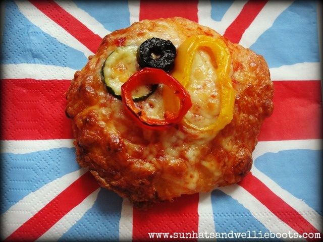 Make and eat Mini Olympic Pizzas with Sun Hats & Wellie Boots