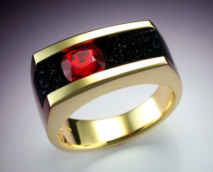 18k Gold Man S Ring With Red Spinel And Black Druse