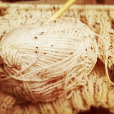 Tampinha: New Year... Same Work... It's true ... work in progress, is unfinished job even with the change of year and with all the changes we want, and for me, I also wish a change ... see this work finished... I hope to have news to show soon! #Wool #lã #Knit #trico #needle #needles