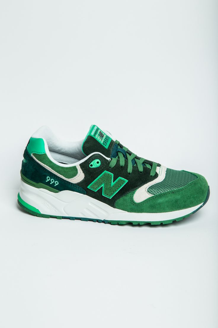 NEW BALANCE 999 Elite Edition Paper Lights Sneakers in Dark Green #hionidismankind #mensfashion #menshoes