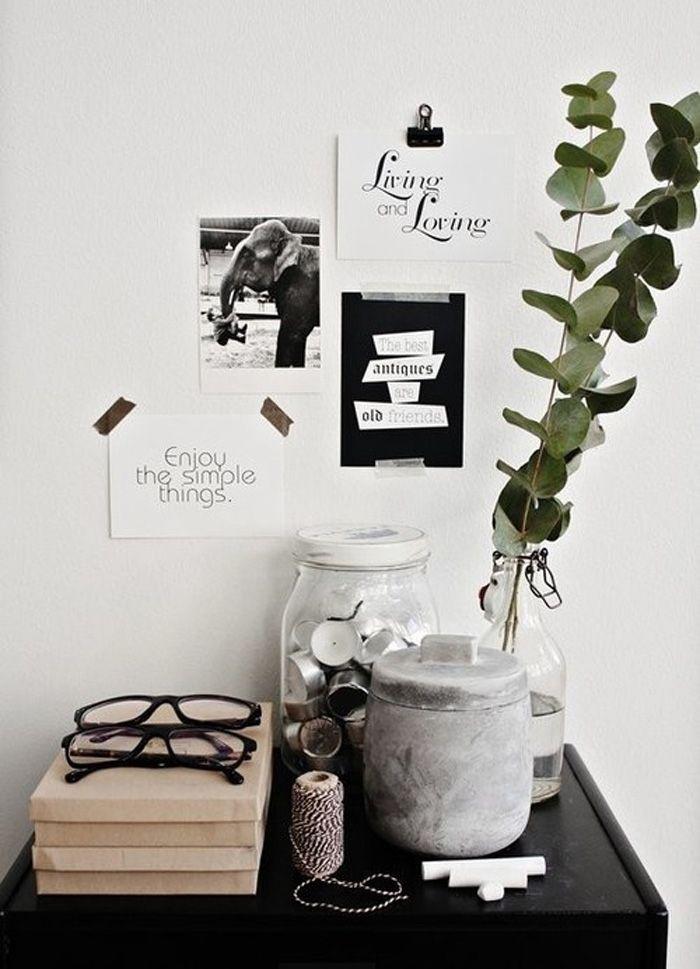 Snabbt snyggt skrivbord med ett stilleben - Sköna hem