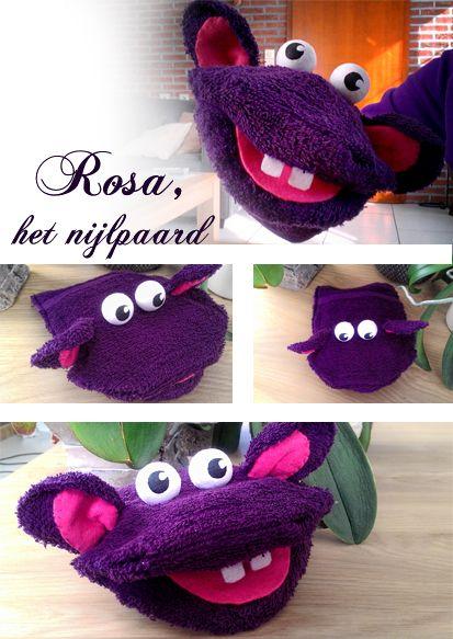 Rosa het nijlpaard, is gemaakt van een washandje*. Rosa behoort ook tot mijn poppenkoffer voor het vak beeld. Ze neemt je mee in de avontuurlijkste verhalen in de kleuterklas. Rosa is altijd blij e...