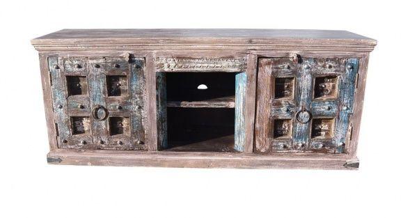Huis, Tuin en Inrichting > Kasten > Tv-meubels  Kenmerken:Conditie: Zo goed als nieuwLevering: Ophalen of VerzendenOmschrijving:  TV kast India met kasteel deuren  Deze TV kast is gemaakt van mango hout gecombineerd met antieke deuren. Deze deuren of luiken komen uit sloophuizen.  WIJ LEVEREN IN NEDERLAND, BELGIË EN DUITSLAND  De afmeting van dit meubel is: breed 178 cm, hoog 73 cm en diep 48 cm. De breedte van het open vak is 37 cm, dat is de vrije doorgang maar achter de stijlen is no...