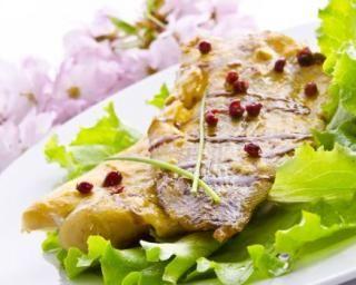 Lotte grillée au poivre et vinaigre balsamique : http://www.fourchette-et-bikini.fr/recettes/recettes-minceur/lotte-grillee-au-poivre-et-vinaigre-balsamique.html