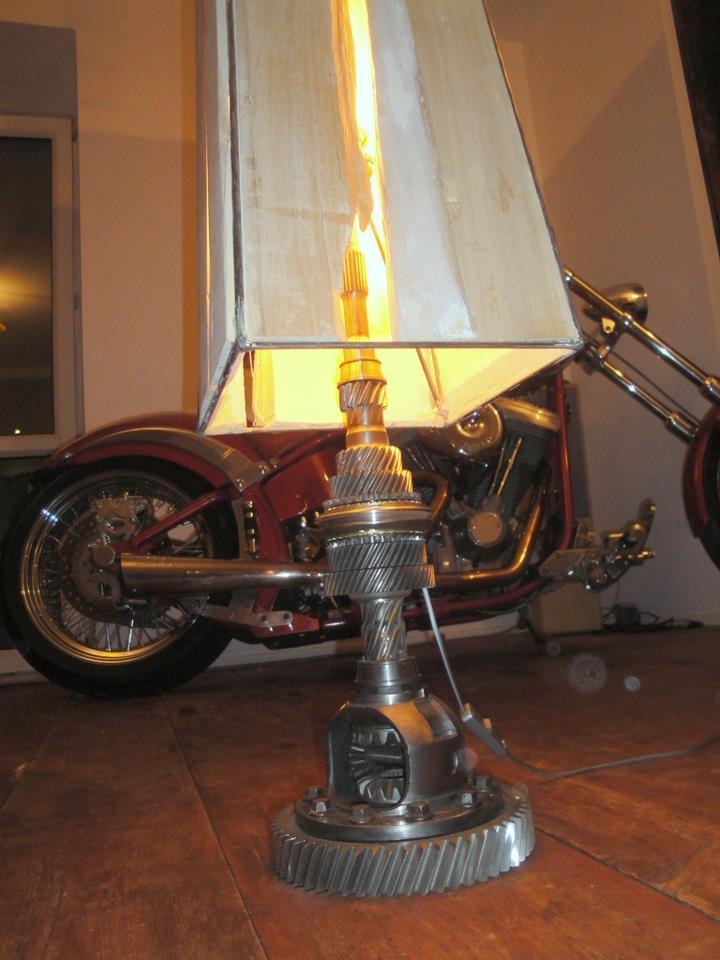 WojtekWalicki.pl  #lamp #metal #grey #light