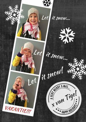 Hippe kerstkaart met chalkboardprint en gave stempel. Leuke strip voor je eigen foto's, eigen tekst, illustratie schoolbord, sneeuw. Zus&ik ontwerp