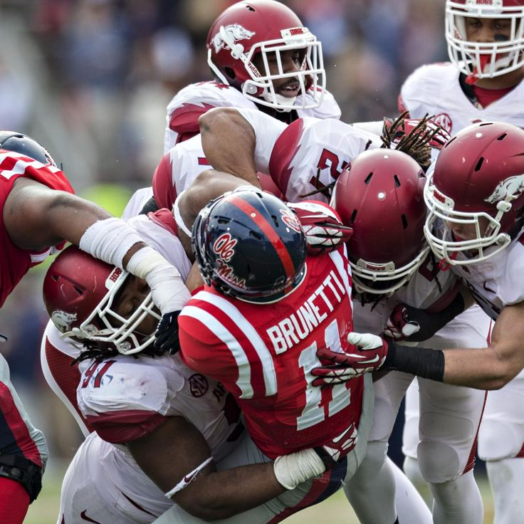 arkansas razorbacks football | Arkansas Football: Breaking Down the Razorbacks' 2014 Schedule ...