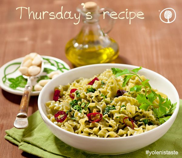 The table for Thursday's recipe is set! A classic recipe, Spinach tagliatelle with olive oil and garlic is becoming even better with our products! #thursdayrecipes #yolenistaste