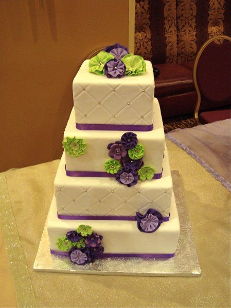 purple and green square wedding cakes best 25 purple green weddings ideas on purple 18856