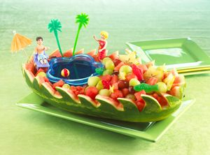 Summer Party Ideas | Pool Party Ideas | Beach party watermelon bowl with jello water