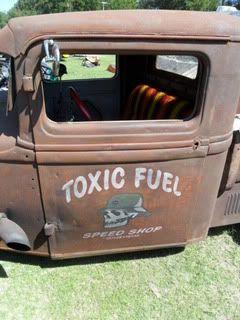 [ IMG] & 99 best Door art images on Pinterest   Pickup trucks Shop truck ...