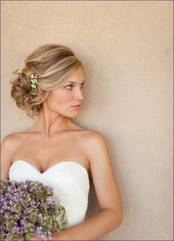 Wedding Hair Updos (16) Love this because its loose and swooping .