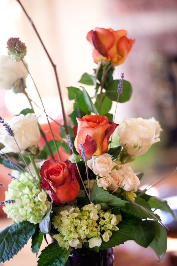 Coral rose and hydrangea centerpiece